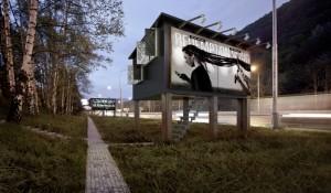 "Empresa eslovaca cria ""casas-outdoor"" para moradores de rua"